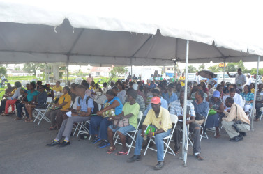 The crowd waiting in anticipation for a chance to speak to Minister of State Joseph Harmon or one of the officers.