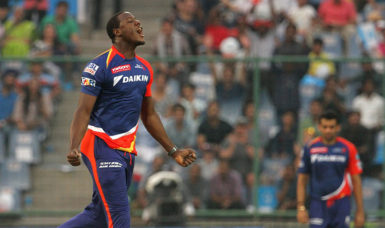 West Indies all-rounder Carlos Brathwaite produced a superb all-round effort to spur Delhi Daredevils to victory.