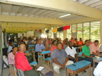 The vendors at the meeting (Ministry of Public Infrastructure photo)