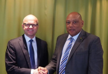 Norway's Minister of Climate and Environment, Vidar Helgesen (left), and Guyana's Minister of Natural Resources, Raphael Trotman, reiterated their commitment to reach their shared goals as set out in the bilateral partnership on climate and forest. Credit: Ministry of Climate and Environment