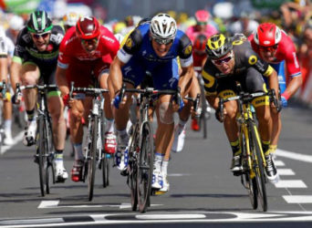 The 237.5 km (147.5 miles) Stage 4 from Saumur to Limoges, France saw Etixx-Quickstep rider Marcel Kittel of Germany (C) winning on the finish line. REUTERS/JEAN-PAUL PELISSIER