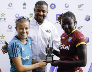 A beaming WICB president Dave Cameron, poses with Players-of-the-Series England's Alex Hartley and West Indies' Stafanie Taylor, following the five-match ODI series recently. (Photo courtesy WICB Media)