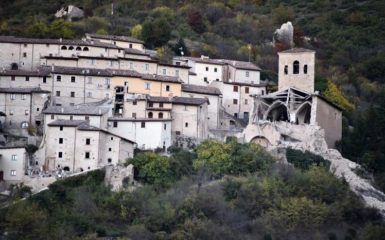 Collapsed buildings are seen following an earthquake in Campi Alto near Norcia, Italy, October 30, 2016. REUTERS/Emiliano Grillotti