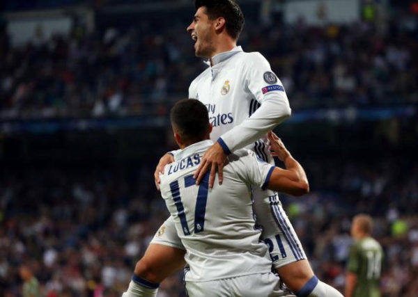 Real Madrid's Lucas Vazquez celebrates with teammate Alvaro Morata after scoring a goal.  (REUTERS/Javier Barbancho)
